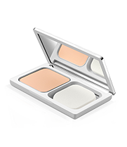 Beyond Perfecting Powder Foundation + Concealer SPF 40- Shade 61 Ivory